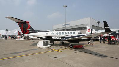 A picture of N871EU - Beech B300 Super King Air 350 -  - © hakunamatata