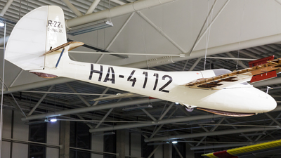 HA-4112 - Rubik R-22S Június 18 - Private
