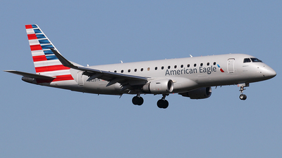 N428YX - Embraer 170-200LR - American Eagle (Republic Airways)