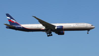A picture of VPBGF - Boeing 7773M0(ER) - Aeroflot - © Martin Ma