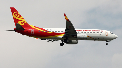 A picture of B5478 - Boeing 73784P - Hainan Airlines - © Michael Tang