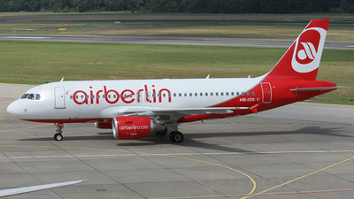 HB-IOX - Airbus A319-112 - Air Berlin (Belair Airlines)
