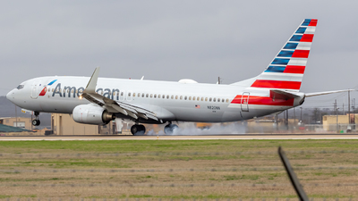 A picture of N820NN - Boeing 737823 - American Airlines - © Centex Spotter