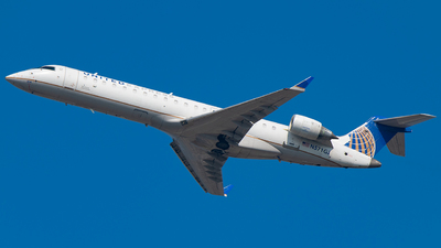 A picture of N571GJ - Bombardier CRJ550 - United Airlines - © Tyler Lorenz