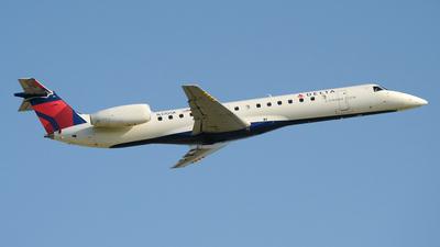 N370SK - Embraer ERJ-145LR - Delta Connection (Shuttle America)