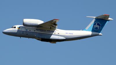 A picture of UR74010 - Antonov An74T - Antonov Design Bureau - © Donato Bolelli