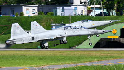 5385 - Northrop F-5F Tiger II - Taiwan - Air Force