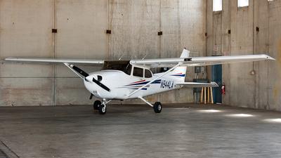 A picture of N944LA - Cessna 172R Skyhawk - [17280659] - © SpotterPowwwiii