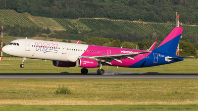 A picture of HALXS - Airbus A321231 - Wizz Air - © Samuel Roessler