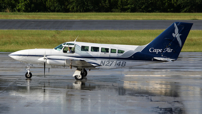 A picture of N2714B - Cessna 402C - Cape Air - © toyo_69pr
