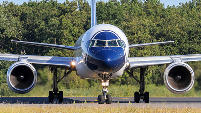 EI-DKL - Boeing 757-231 - Blue Panorama Airlines