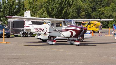 A picture of N6295E - Cessna 172 Skyhawk - [46395] - © Xiamen Air 849 Heavy