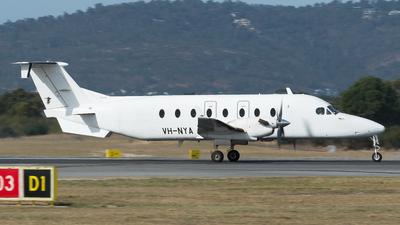 VH-NYA - Beech 1900D - Maroomba Airlines