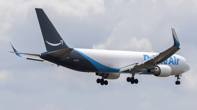 A picture of N227AZ - Boeing 767323(ER)(BDSF) - Air Transport International - © Bruce Leibowitz