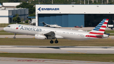 A picture of N926UW - Airbus A321231 - American Airlines - © Mark Lawrence