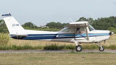 LV-AMI - Cessna 152 II - Private