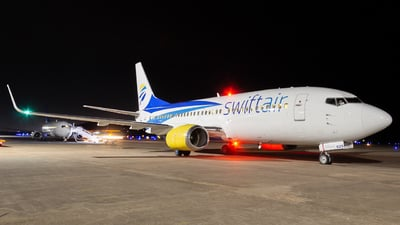 N625SW - Boeing 737-3H4 - Swift Air