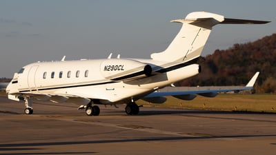 N290CL - Bombardier BD-100-1A10 Challenger 300 - Private