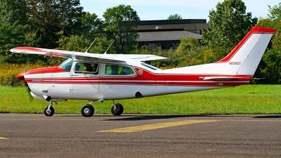 N6392C - Cessna 210N Centurion II - Private