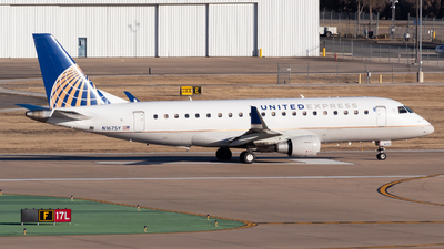A picture of N167SY - Embraer E175LR - United Airlines - © Saul Hannibal