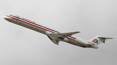 N7508 - McDonnell Douglas MD-82 - American Airlines