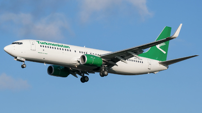 A picture of EZA016 - Boeing 73782K - Turkmenistan Airlines - © Jon Melo