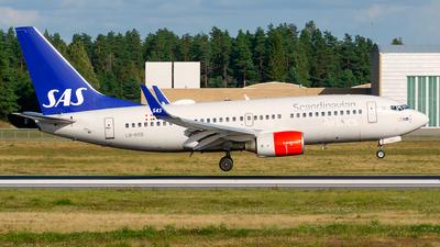 A picture of LNRRB - Boeing 737783 - SAS - © Laszlo Fekete