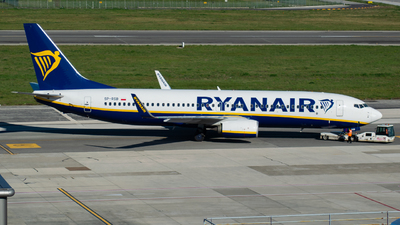 A picture of SPRSB - Boeing 7378AS - Ryanair - © Marco Macca