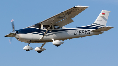 D-EPYS - Cessna T182T Skylane TC - Private