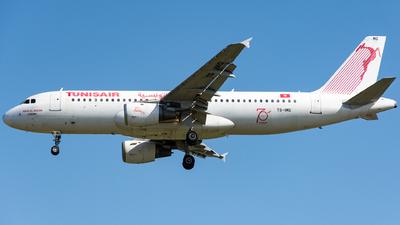 TS-IMG - Airbus A320-211 - Tunisair