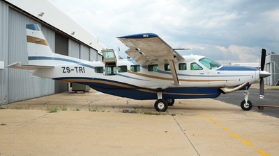 ZS-TRI - Cessna 208B Grand Caravan - Private