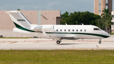 N888QL - Bombardier CL-600-2B16 Challenger 604 - Private
