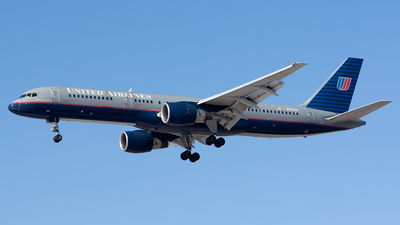 N533UA - Boeing 757-222 - United Airlines