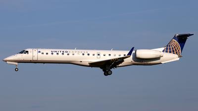 A picture of N12172 - Embraer ERJ145XR - United Airlines - © Scott Kerhaert