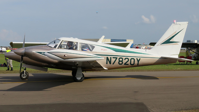 N7820Y - Piper PA-30-160 Twin Comanche - Private