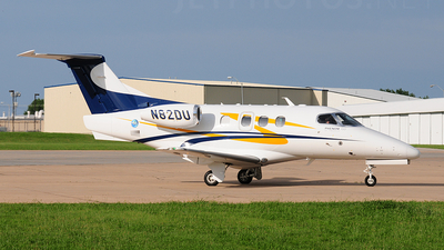 A picture of N82DU - Embraer Phenom 100 - [50000008] - © Nick Michaud