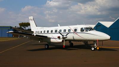 zs-ozj - Embraer EMB-110P1 Bandeirante - Naturelink Aviation