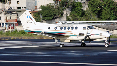704 - Beechcraft 200 Super King Air - Guatemala - Air Force