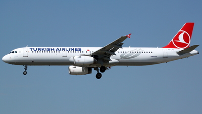 TC-JRC - Airbus A321-231 - Turkish Airlines