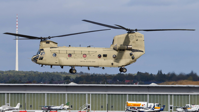 13-08435 - Boeing CH-47F Chinook - United States - US Army