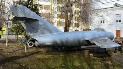 69 - Mikoyan-Gurevich MiG-17 Fresco - Soviet Union - Air Force
