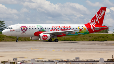 A picture of 9MAJW - Airbus A320216 - AirAsia - © Victor Alpha