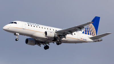 A picture of N641RW - Embraer E170SE - United Airlines - © Martin Pinnau