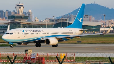 A picture of B6489 - Boeing 73785C - Xiamen Air - © Lywings