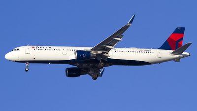 A picture of N371DN - Airbus A321211 - Delta Air Lines - © Jeremy D. Dando