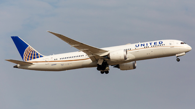 N26967 - Boeing 787-9 Dreamliner - United Airlines