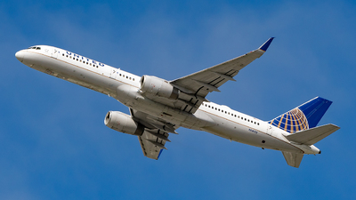 A picture of N14115 - Boeing 757224 - United Airlines - © Luo Tianyi