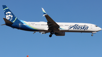 A picture of N464AS - Boeing 737990(ER) - Alaska Airlines - © Ethan Peters