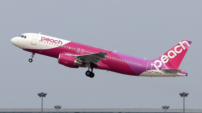 JA827P - Airbus A320-214 - Peach Aviation