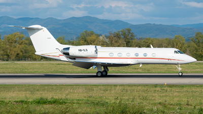 A picture of HBILS - Gulfstream IV SP - [1353] - © Stefan Gschwind